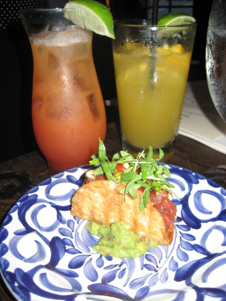 Cocktails and the Taco de Atun Crudo