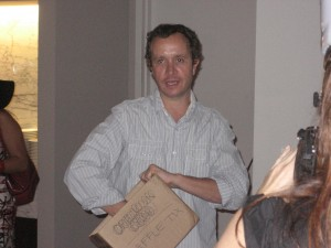 Pauly Shore dropped by to hand out the Comedy Store raffle prize