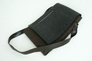 Graf & Lantz flap messenger bag
